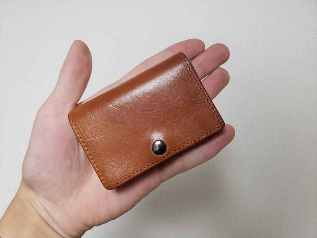 DomTepornaドンテポーナ三つ折り財布